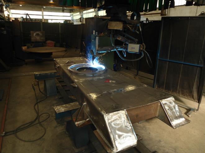 Motoman Gantry Robotic Welding - System Tsg-15 - Perozeni